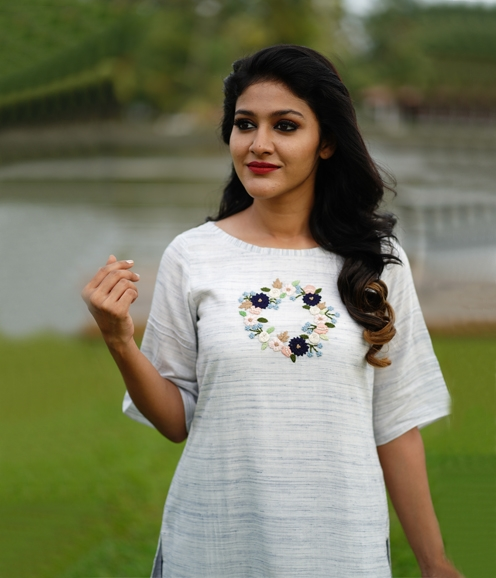 White Cotton Mix Kurti with French Knots (Unstitched)