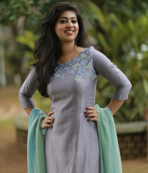 Lavender Chanderi Suit with Cutbeads