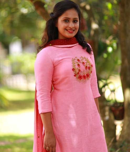 Pink Linen Set with Floral Work