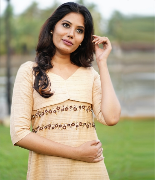 Beige Linen Kurti with Applique work ( Unstitched )