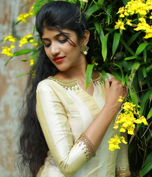 Gold Off White Kurthi