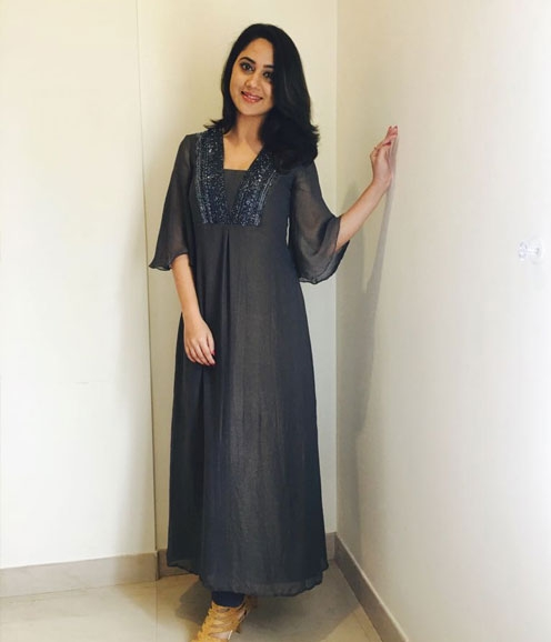 Mia in a NavyBlue Shimmer Salwar