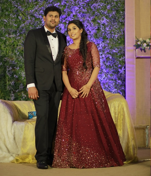 Maroon Rawsilk Gown With Zardosi Highlights Bridal Gowns Bridal Diaries,Dresses To Go To A Wedding As A Guest