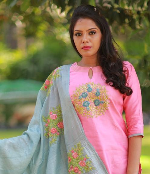 Pink Chandheri with Tussar Floral Dupatta