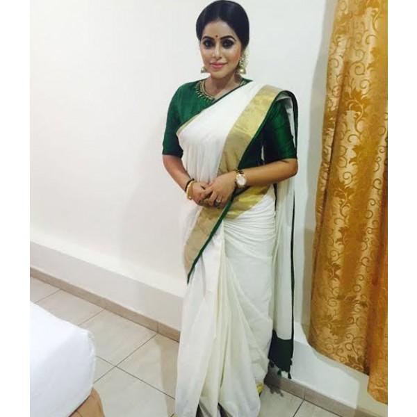 Shamna In Green Kasavu Saree Zoom
